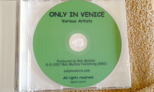 disc face Only in Venice A documentary album by Rob Mullins